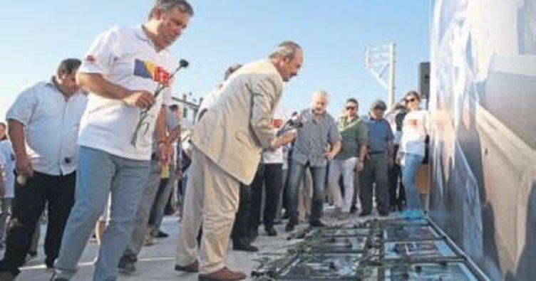 Srebrenitsa katliamı Buca'da anıldı