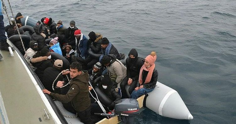 Yunanistan 80 binden fazla mülteciyi geri itti