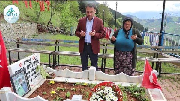 Şehit Eren Bülbül'ünannesine Maçka Belediye Başkanı'ndan Anneler Günü ziyareti | Video