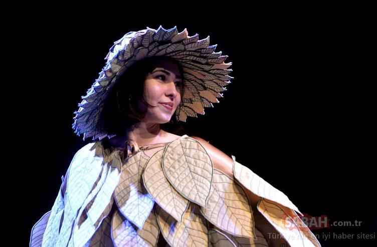 Narenciye motifli kıyafetlerden oluşan defile