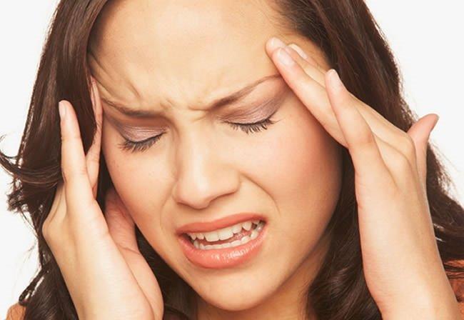 İşte tek taraflı baş ağrısının nedenleri!