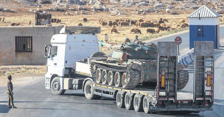 Muhaliflere ait tanklar cephede