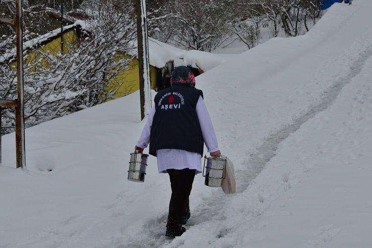 Soğuk kış günlerinin sıcak adresi Ümraniye Belediyesi