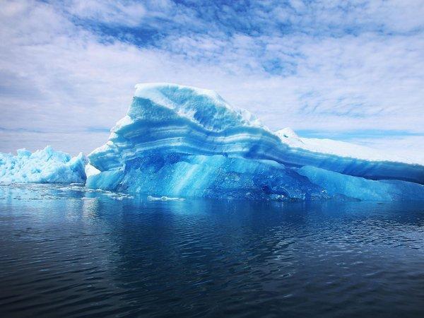 Antarktika'da piramitler var mı?