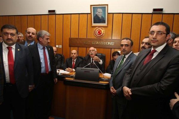 Komisyonda arbede