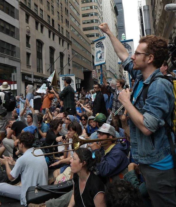 İşgalciler yine Wall Street'te