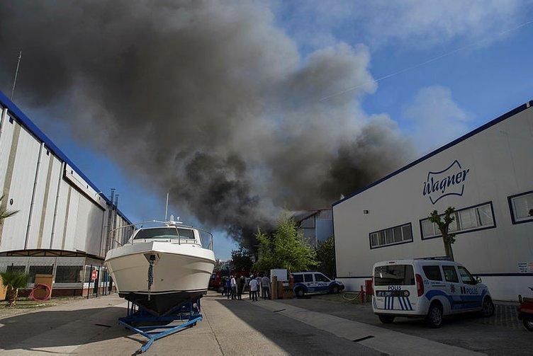 Son Dakika: Antalya serbest bölgede yangın çıktı