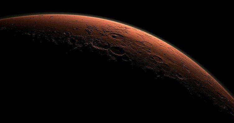 Mars'tan yeni kare geldi! Kızıl Gezegen'in...