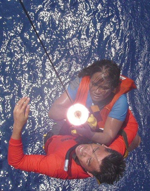 Tekne faciasında mucize kurtuluş