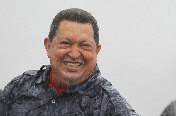 Yağmur altında Chavez
