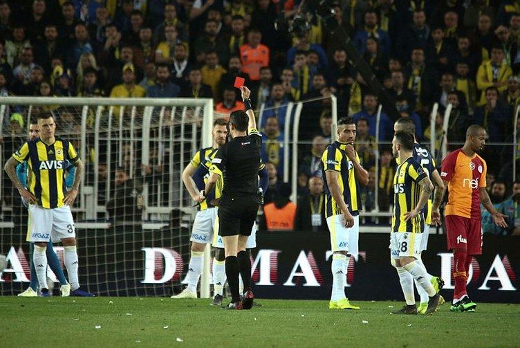Dirar'dan Feghouli'ye: Ne yapsaydım, hakeme 'golü iptal et' mi deseydim?