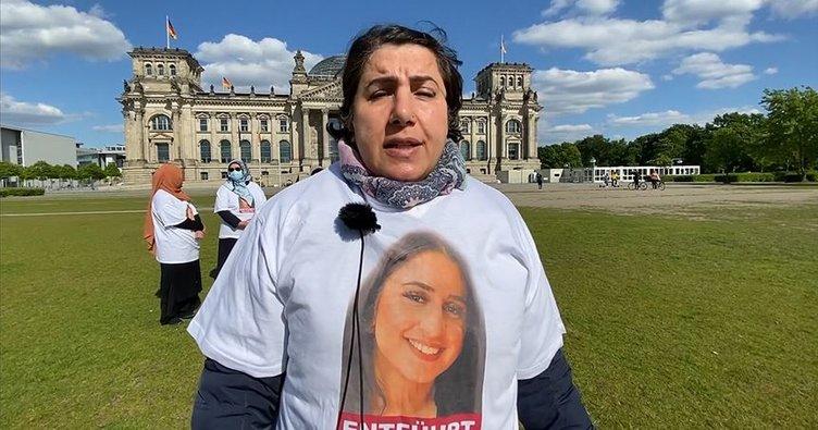 Almanya'da kızı PKK tarafından kaçırılan anne Başbakanlık önünde eylemini sürdürdü