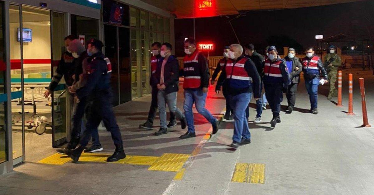 Son dakika: FETÖ'ye ağır darbe! İzmir merkezli 46 ilde FETÖ operasyonu: 148 gözaltı kararı