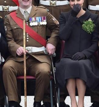 Kate Middleton'ın büyük ayıbı!