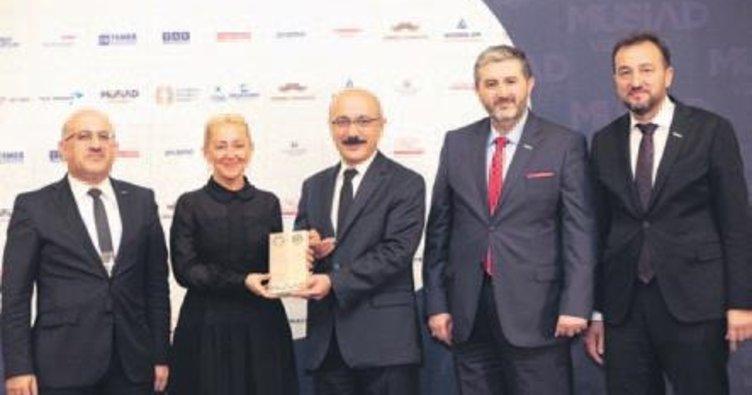 MÜSİAD'dan Turkuvaz Medya'ya ödül