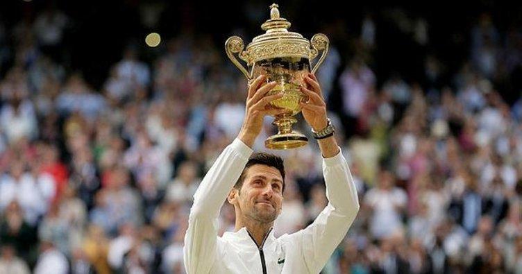 Wimbledon'ın kralı Novak Djokovic