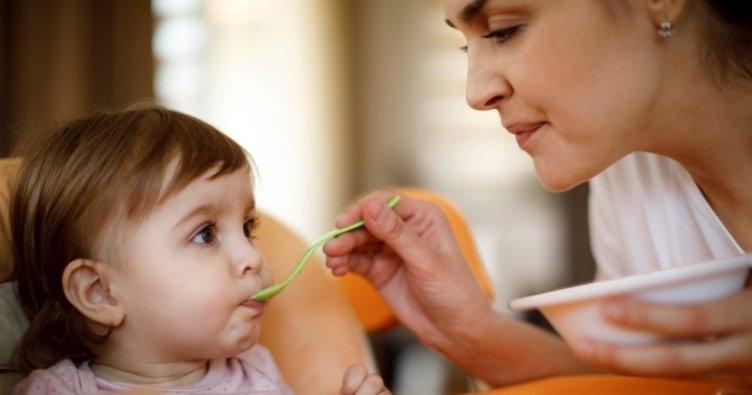 Bebekler ne zaman oturur? Bebekler kaç aylıkken oturmaya başlar?