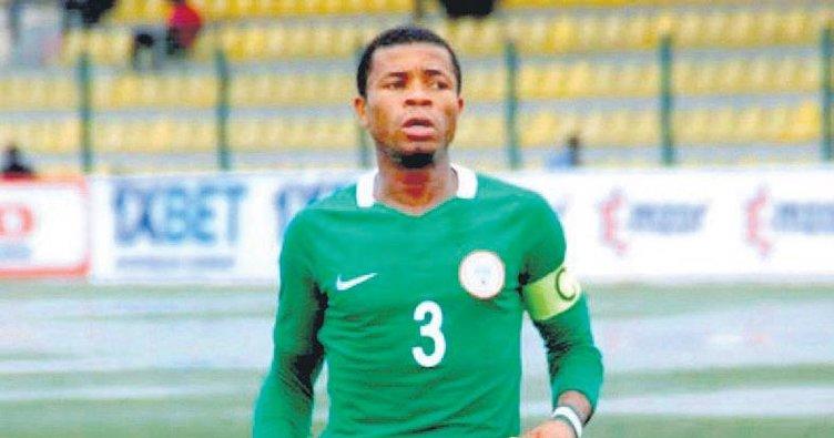 Aslan'a Nijeryalı Ozan Kabak!