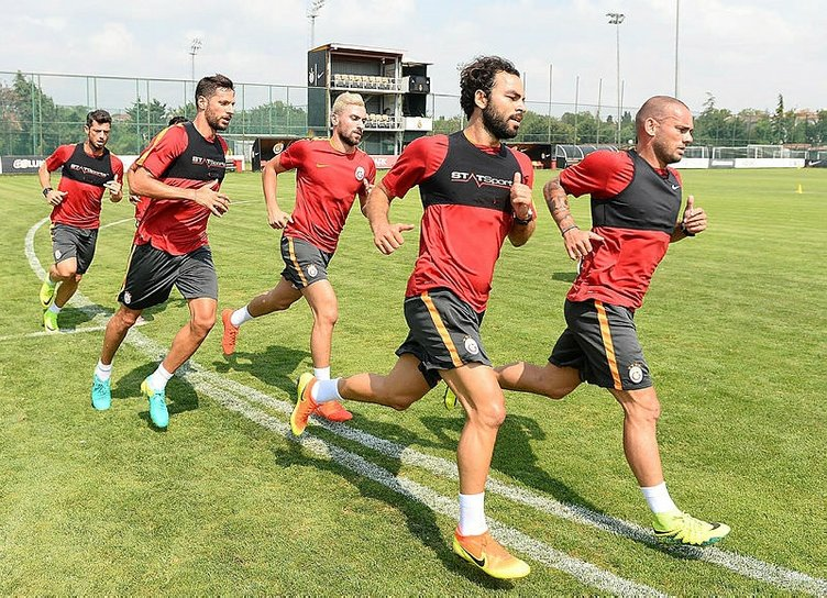 Sneijder itiraf etti: Bu sene şampiyon