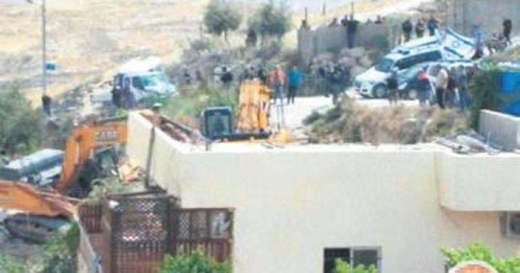 Filistin köyünü 113 kez yıktılar