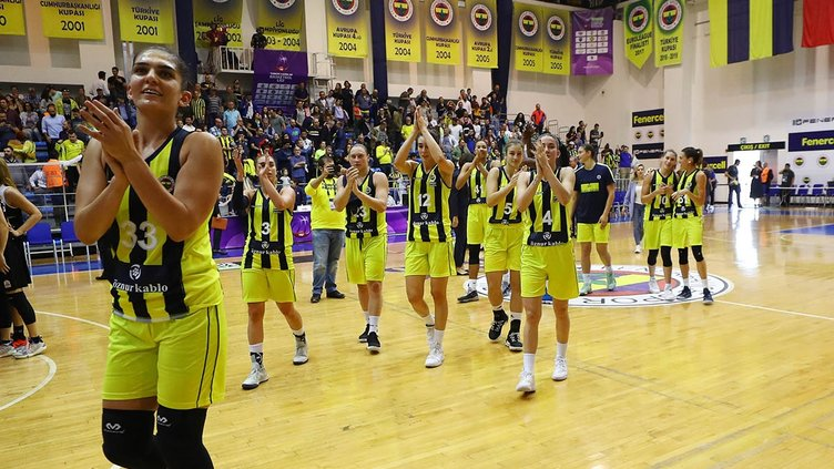 Fenerbahçe'de 7 imza birden!