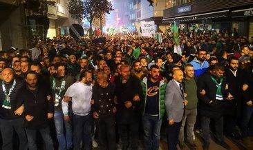 Bursaspor taraftarından görkemli yürüyüş