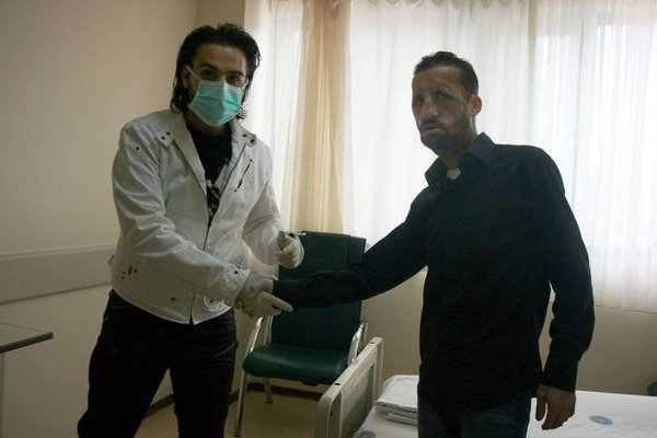 İsmail YK Uğur Acar'ı ziyaret etti