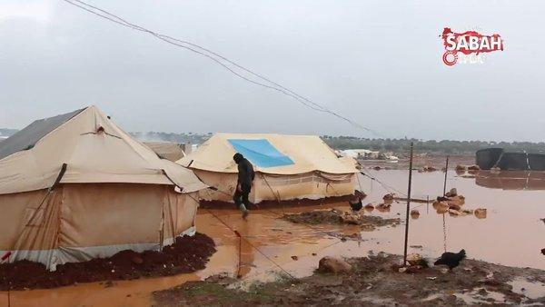 İdlib'de mülteci çadırları sular altında kaldı | Video