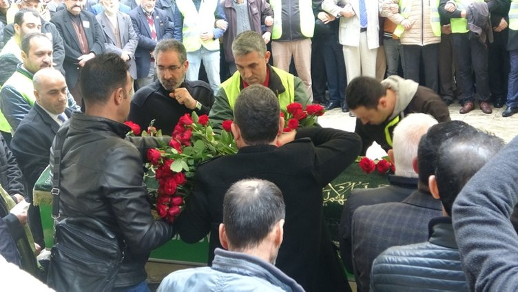 'Sahte peygamber' İskender Erol Evrenosoğlu, Bursa'da toprağa verildi
