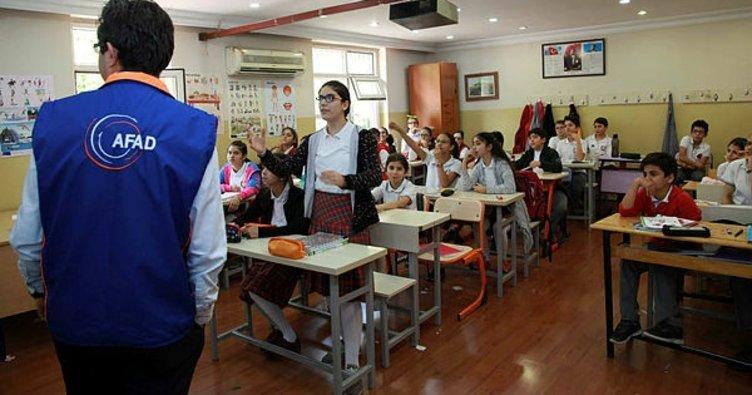 Ortaokul öğrencilerine 'deprem' eğitimi