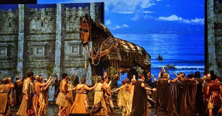 Troya, dünya prömiyerini yaptı