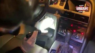 Aracın içine yaptığı gizli bölmeden silah çıktı | Video