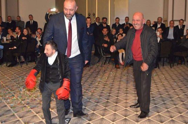 'Köksal Baba' 41. yaşını kutladı