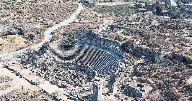 Bir tarih ve doğa cenneti Antalya