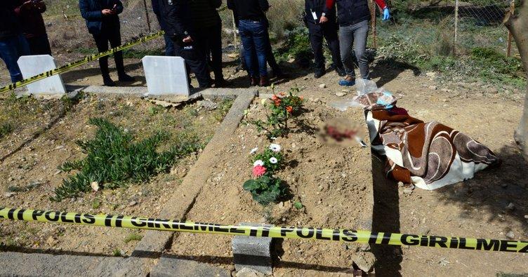 Bir gün önce ölen annesininmezarı başında hayatına son verdi