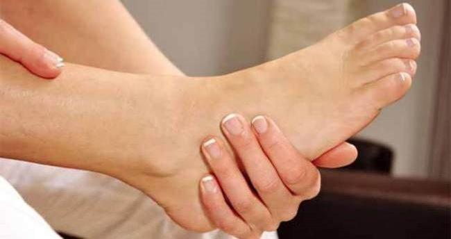 Ayak mantarı neden olur, nasıl bulaşır? Ayak mantarına iyi gelen bitkisel çözümler