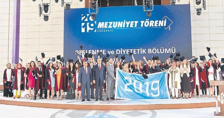 Hasan Kalyoncu Üniversitesi 5. mezunlarını verdi