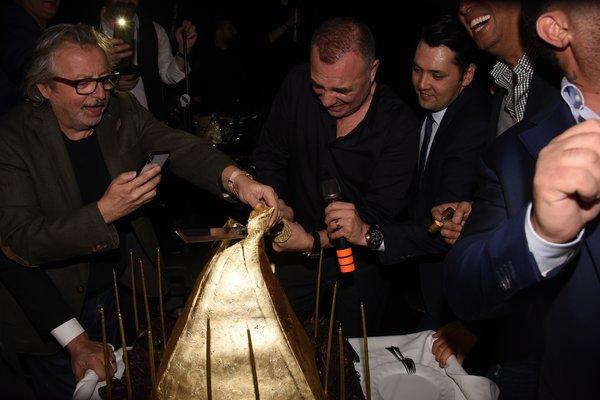 Oktay Kaynarca 53. yaş gününü kutladı