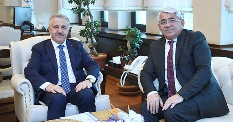 Başkan Karaçanta, Bakan Arslan ile bir araya geldi
