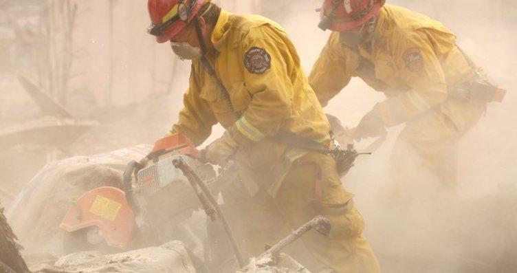 Kaliforniya'da yangın söndürülemiyor