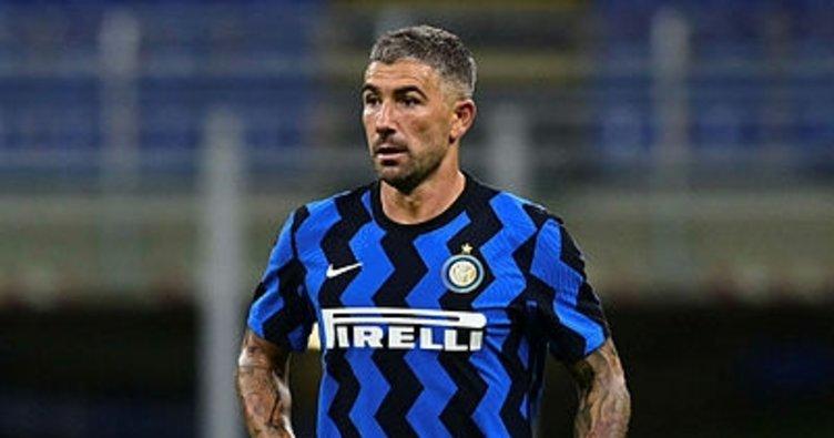 Inter'in yıldızı Kolarov Kovid-19'a yakalandı