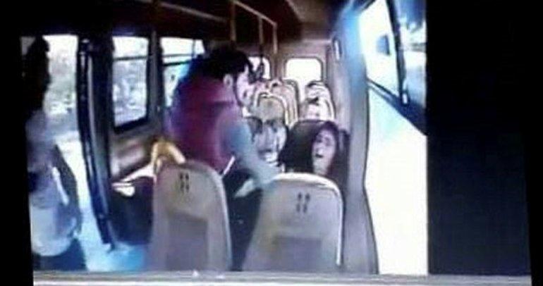 Üniversiteli Zelal'i minibüsten kaçırdılar