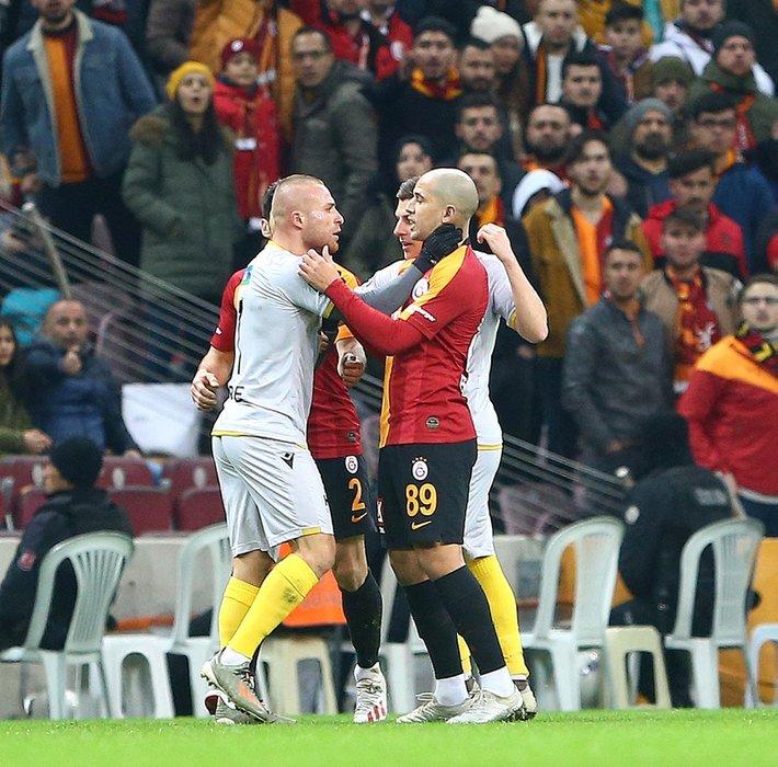 Transferde son dakika: Fatih Terim'i reddetti Beşiktaş'ı seçti
