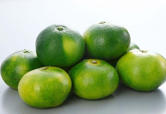 Mandalinanın yeşilini tüketin