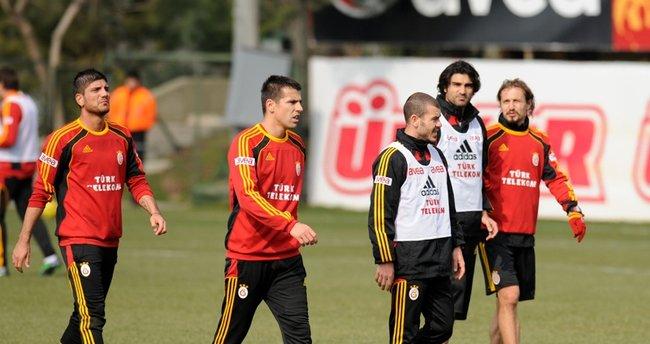 Eski Galatasaraylı açıkladı! Mesut Özil Fenerbahçe'de...