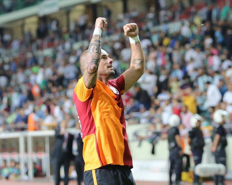 Sneijder zam değil indirim yaptı