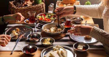 Bu besinleri sahurda tüketmeyin! İşte çabuk acıkmanıza sebep olan besinler...