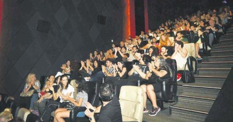 'Ölü Yatırım'a seyircili özel gösterim