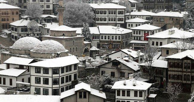 Safranbolu'da 'kar' güzelliği