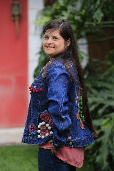 Okuldan atılan Down Sendromlu Isabella Springmuhl, moda tasarımcısı oldu!
